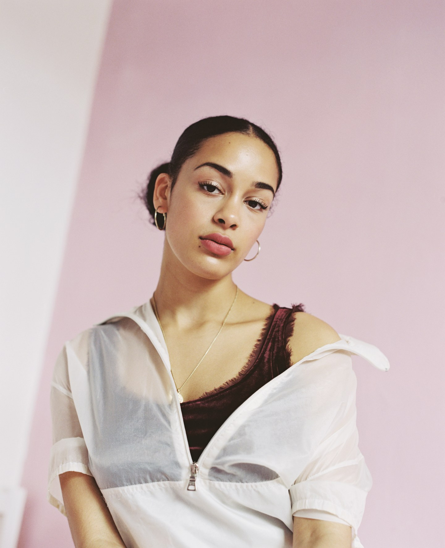 Meet Jorja Smith, The British Teen Conquering Apathy With Soul