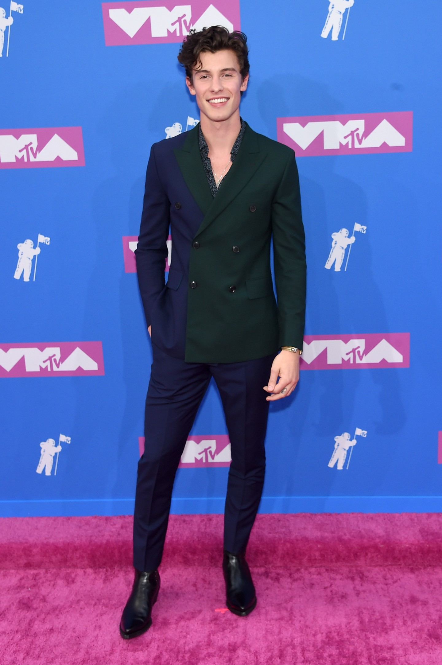 Here are all the best looks from the 2018 VMAs red carpet