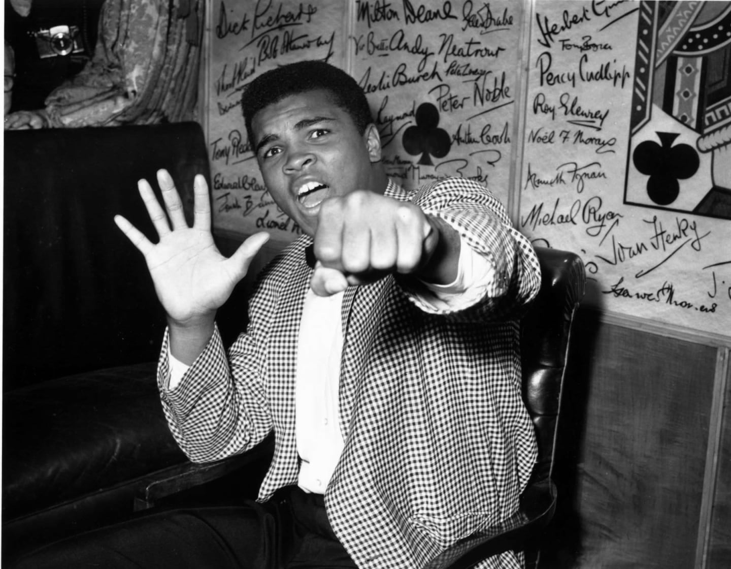 15 Life Lessons From Muhammad Ali To Help You Conceive, Believe, And Achieve
