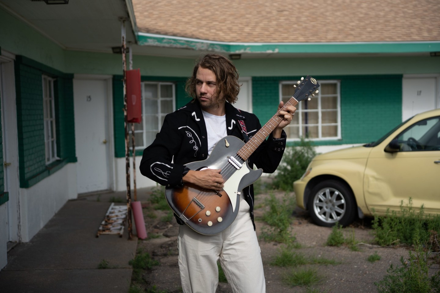 Kevin Morby on the Midwestern romance behind <i>Sundowner</i>