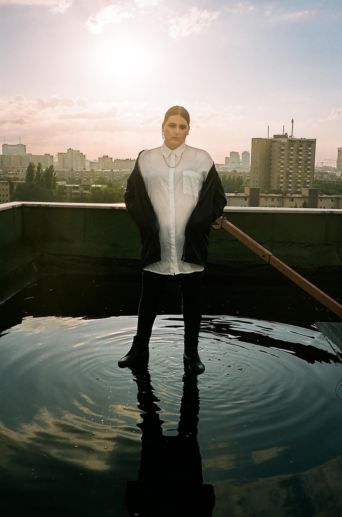 Berlin Producer Ziúr's Debut Album Is Pure Power