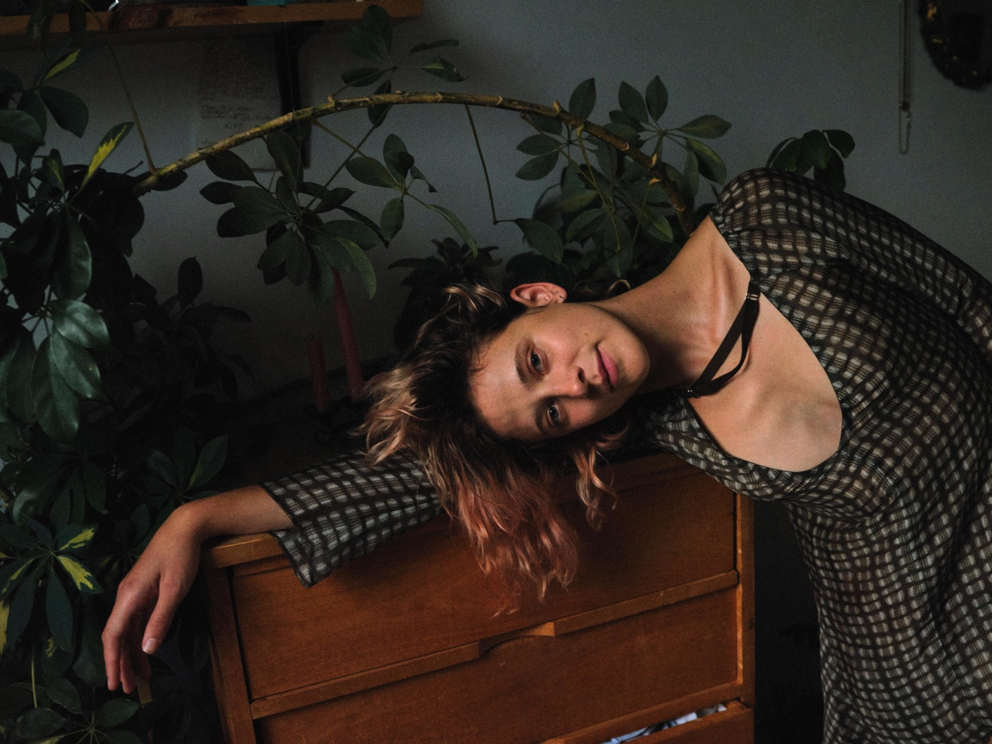 Helena Deland turns her insecurities into weird, unnerving indie rock