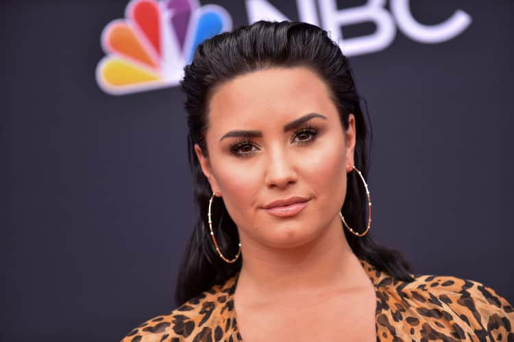Demi Lovato Was Criticized For Joking About The 21 Savage Memes That Were Made After The Rapper Was Detained The Fader