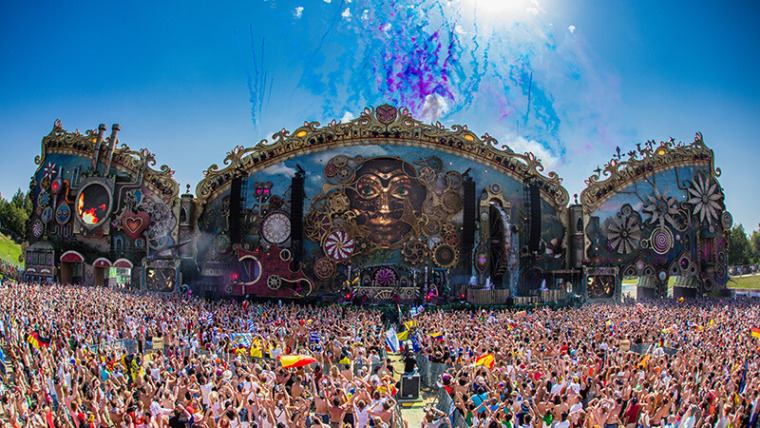 Report: Thousands Evacuate Tomorrowland UNITE After Stage Catches On Fire