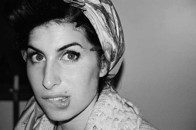 A Book Of Unseen Photos Of Amy Winehouse Is Due For Release This Summer