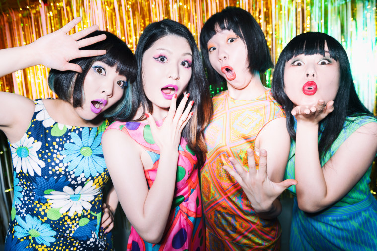 "Otoboke Beaver thrash away their misfortune on new single ""Bad luck"""