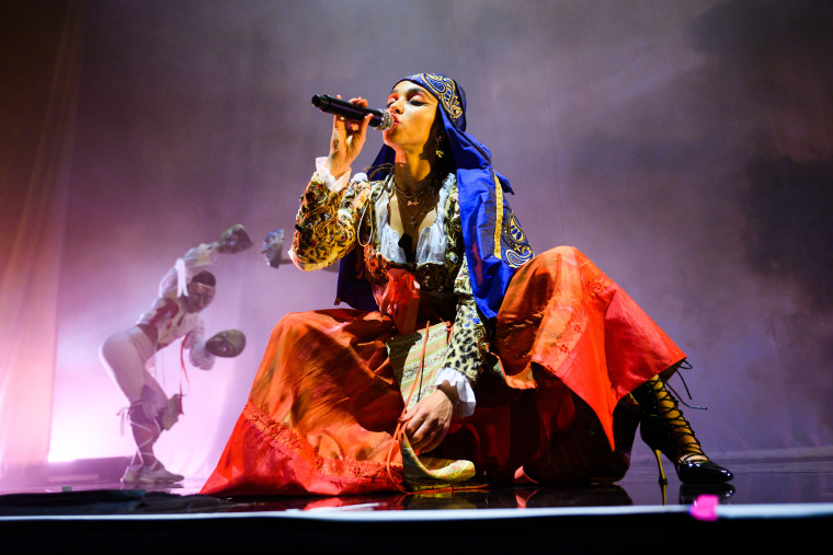 The agony and the ecstasy of FKA twigs | The FADER