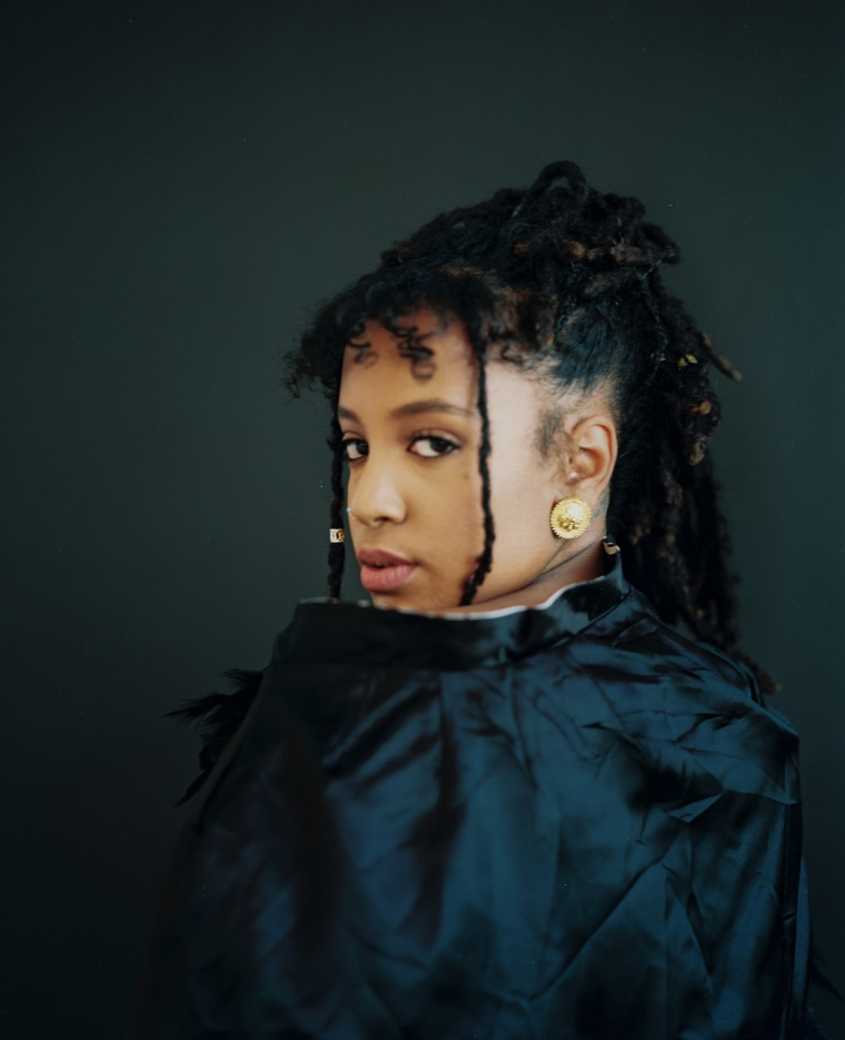 Serene Singer Arima Ederra Releases Her Meditative EP <i>Temporary Fixes</i>