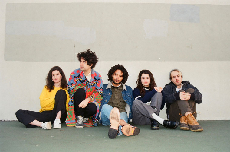 Meet Barrie, your new favorite dream-pop band from all over the world