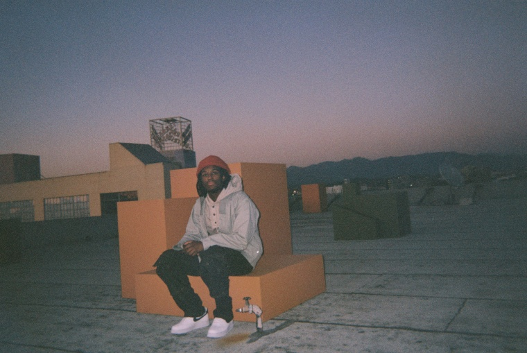 """Saba shares new songs """"Ziplock"""" and """"Rich Don't Stop"""""""