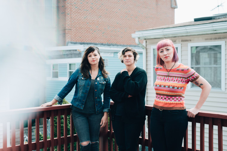 "Cayetana Debuts ""Bus Ticket,"" A Heart-Rending Rock Song About Bouncing Back"