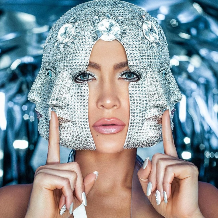 "Jennifer Lopez and French Montana team up for ""Medicine"""