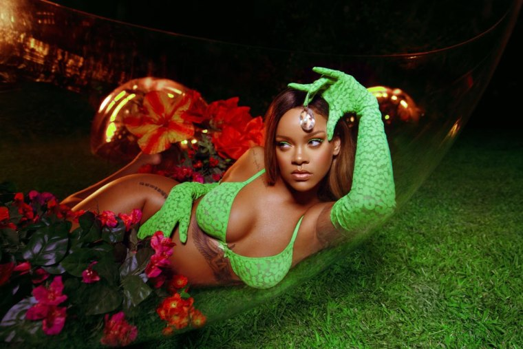 Here's all the music from Rihanna's Savage X Fenty NYFW show