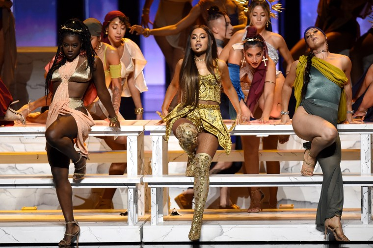 "Watch Ariana Grande perform ""God is a woman"" at the VMA's"