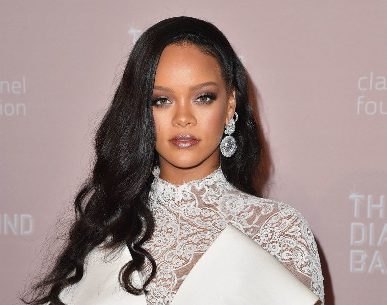 This Rihanna meme shows she has a look for every day of the year