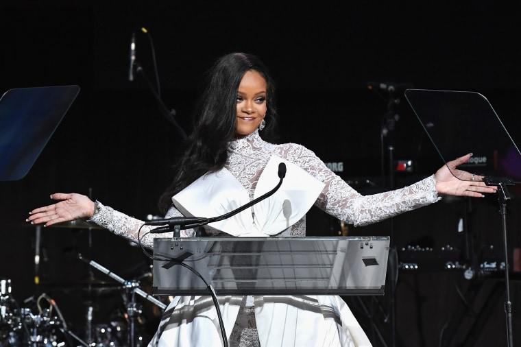 "Rihanna on the wait for <i>R9</i>: ""It's going to be worth it"""