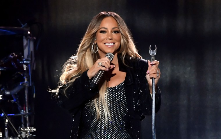 Mariah Carey will perform at the 2018 American Music