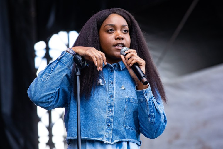 Noname to replace <I>Room 25</i> artwork following allegations against artist Bryant Giles