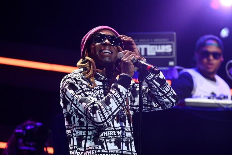 Watch Lil Wayne perform on Saturday Night Live with Halsey and Swizz Beats