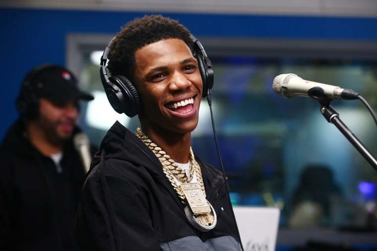 A Boogie Wit da Hoodie's <i>Hoodie SZN</i> returns to no. 1 on Billboard 200