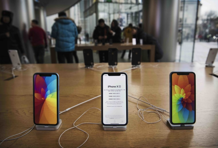 Apple will reportedly release three new iPhones in 2019