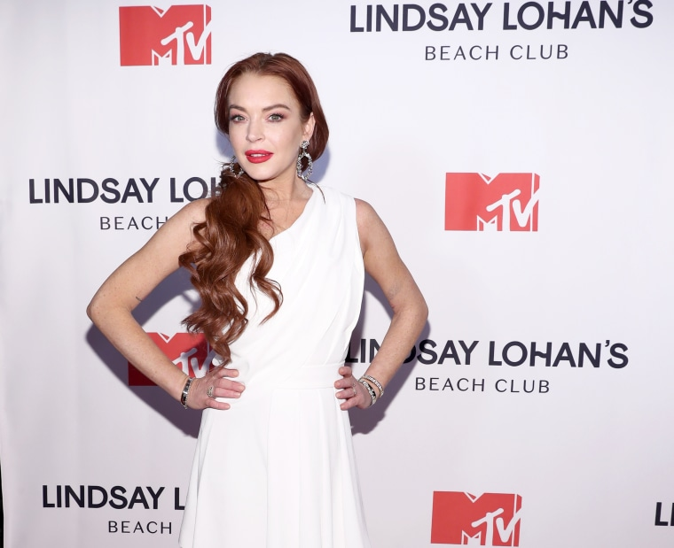 Lindsay Lohan sings about anxiety in new track
