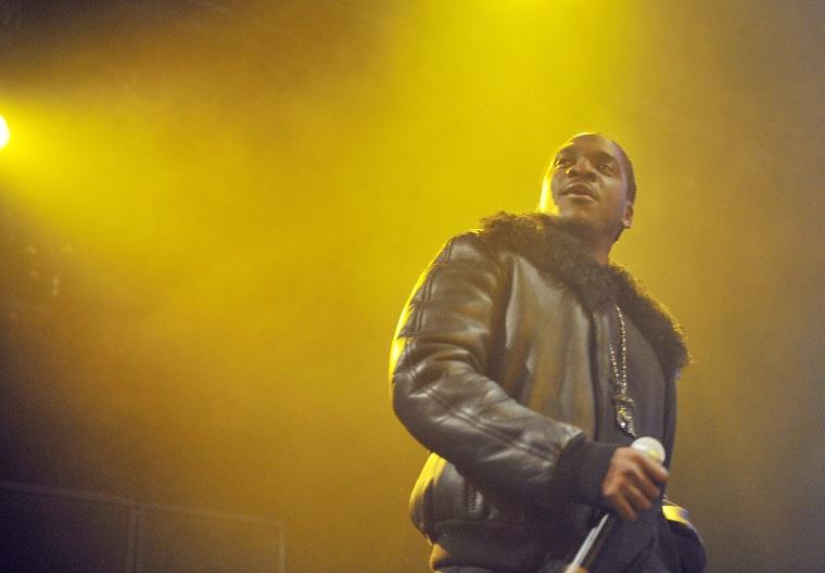 Kanye West convinced Pusha-T to use Whitney Houston's bathroom as the <i>DAYTONA</i> album cover