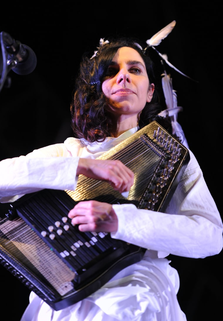 PJ Harvey Is Returning To The Stage Next Summer