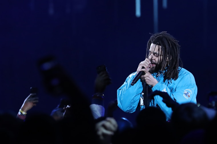 "Watch J. Cole and 21 Savage perform ""A Lot"" at Dreamville Fest"
