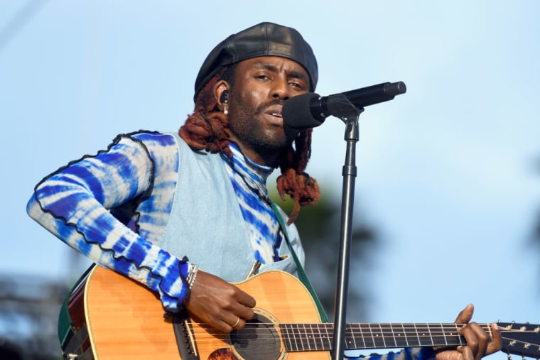 """Blood Orange teases new song """"Something To Do"""""""