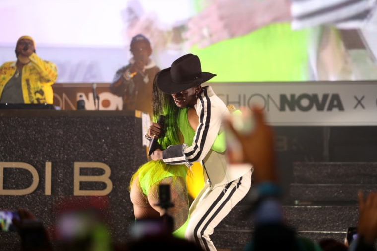 "Watch Cardi B perform ""Old Town Road"" with Lil Nas X"