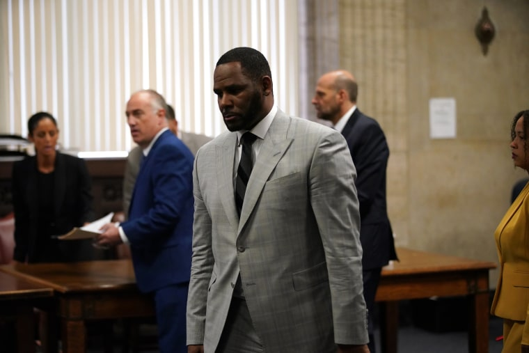 R. Kelly charged with new counts of sexual misconduct in Minneapolis