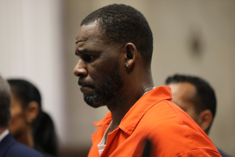 Prosecutors say R. Kelly is redirecting royalty checks to a childhood friend