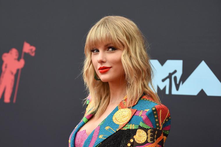 Report: Dozens of fan-made Taylor Swift bootlegs uploaded to Spotify [UPDATE]