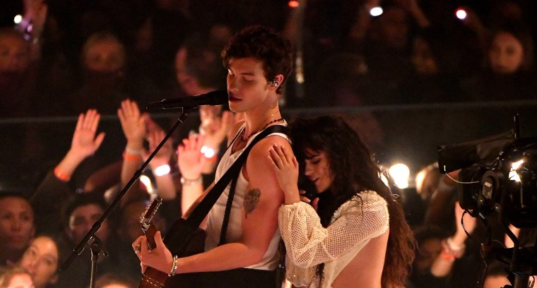 "Watch Shawn Mendes and Camila Cabello's steamy VMAs performance of ""Señorita"""