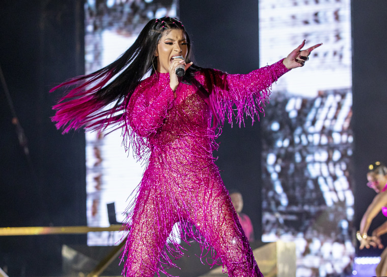 "Cardi B Rapping: Cardi B Says That Before Her, ""labels Were Signing Female"