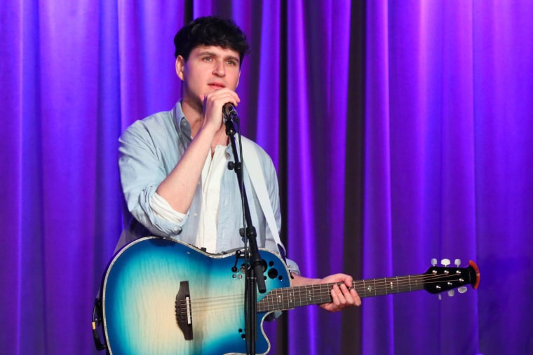 Hear three previously unreleased bonus tracks from Vampire Weekend's <i>Father of the Bride</i>