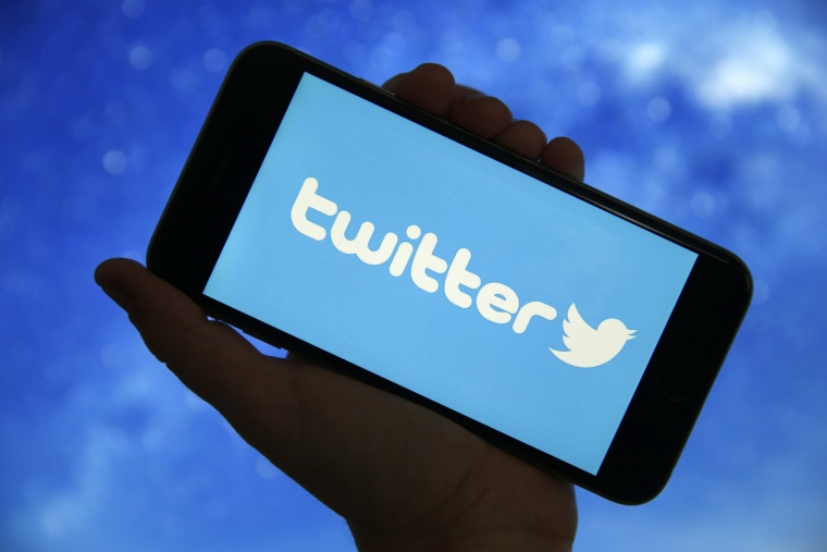 """Twitter is testing """"Super Follow"""" feature, allowing users to charge for tweets"""
