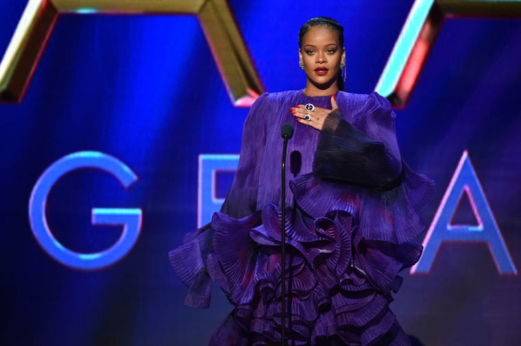 "Rihanna ""healing quickly"" after flipping over on electric scooter"