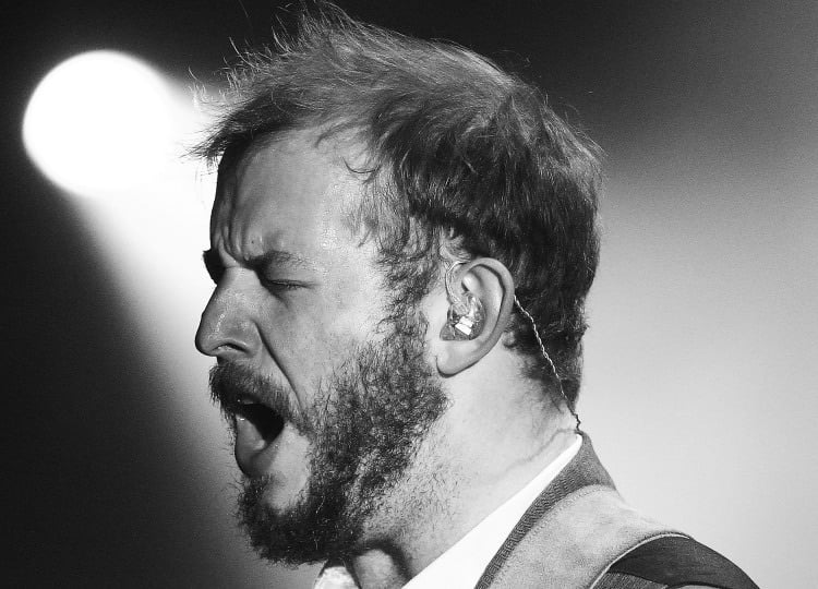 Watch Bon Iver's Justin Vernon Introduce Bernie Sanders At Wisconsin Rally