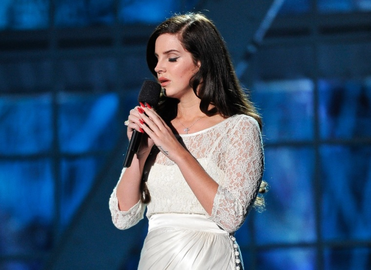 Lana Del Rey Says <i>Honeymoon</i> Will Come Out In September