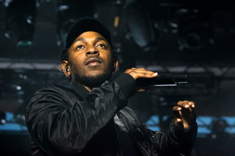 Kendrick Lamar Pens Tribute To Tupac