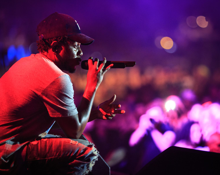 "Watch Kendrick Lamar Perform ""Untitled 07 
