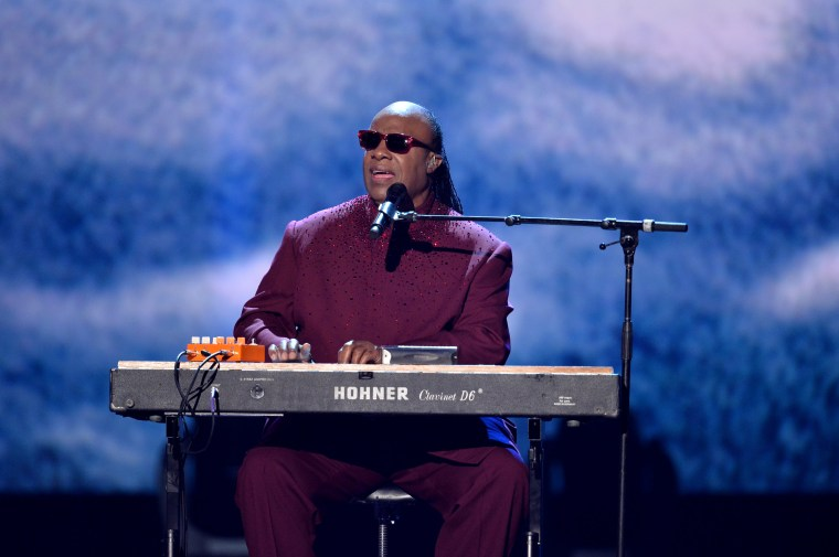 Stevie Wonder performed the national anthem on his knees
