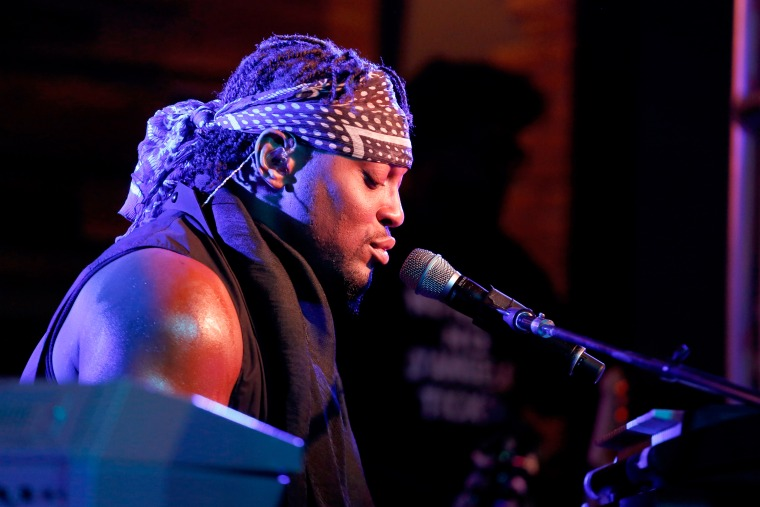 D'Angelo Will Appear On <i>The Tavis Smiley Show</i>