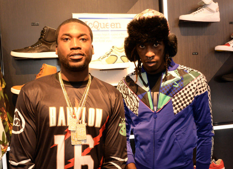 "Young Thug Shares New Version of ""Digits"" featuring Meek Mill"