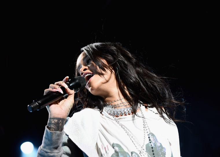 Rihanna Was Reportedly Blocked By Police From Playing A Free Baltimore Concert