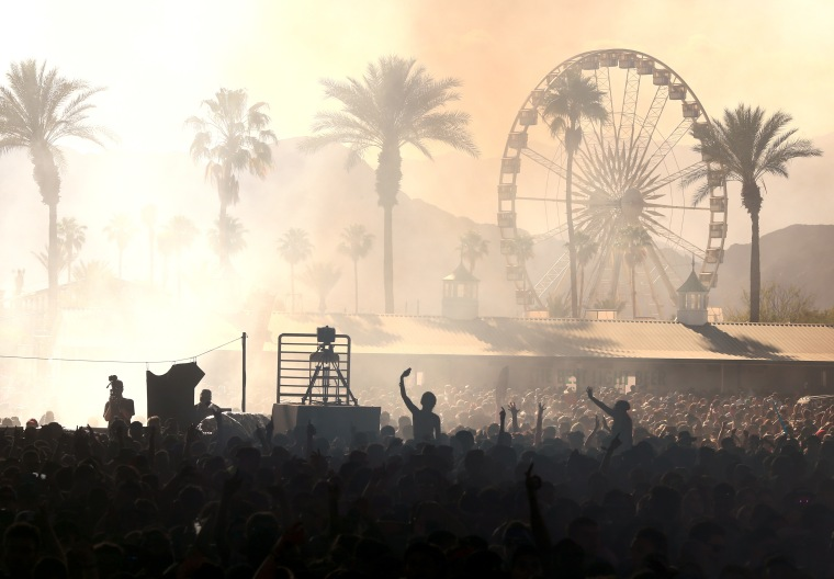 The 2018 Coachella schedule is here.