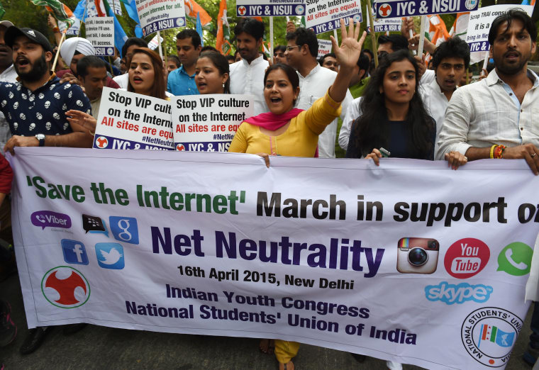 Net Neutrality Survives Court Challenge