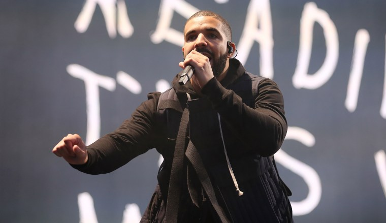 "Hear Drake's Remix Of The Weeknd's ""Tell Your Friends"""